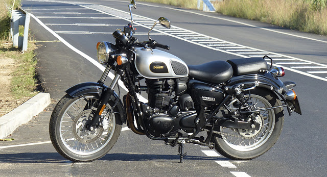 Benelli_Imperiale_400_onRoad